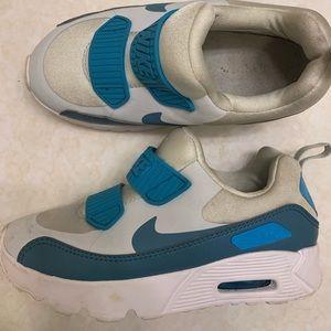 Slip on Nike Sneakers